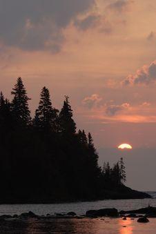 Free Chippewa Harbor Sunrise Royalty Free Stock Images - 1437289