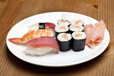 Free Sushi Set Royalty Free Stock Photography - 14300007