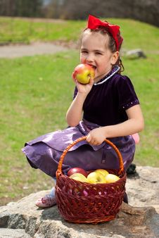 Snow White With Apple, Litle Girl