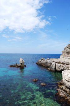 Free The Black Sea Rocky Coastline Stock Image - 14302991