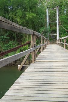 Free Old Wooden Bridge Royalty Free Stock Photos - 14304898