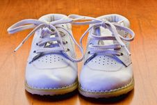 Free White Baby Shoes Royalty Free Stock Photography - 14304907