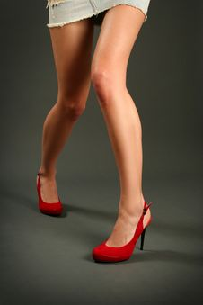Free Red Shoe Royalty Free Stock Photos - 14305008