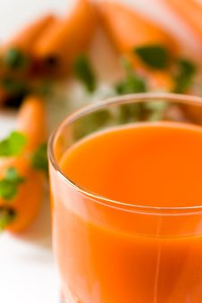Free Glass Of Freshly Squeezed Carrot Juice Stock Photo - 14311350