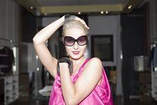 Free Woman With Big Sunglasses Stock Photo - 14311960