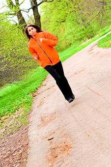 Free Girl Jogging Royalty Free Stock Images - 14312979