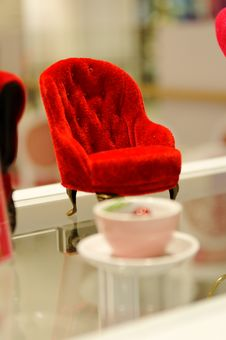 Free Minature Red Sofa Stock Images - 14313614