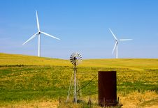 Free Wind Turbines Stock Image - 14313751