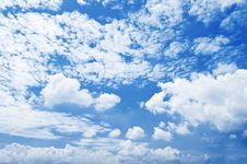Free Blue Sky & White Clouds Royalty Free Stock Image - 14313866