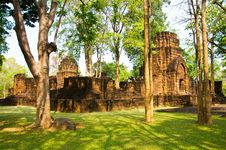 Free Khmer Stone Castles Royalty Free Stock Images - 14314849