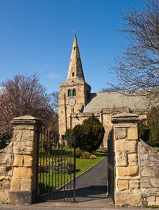 Free Open Gate To Churchyard Stock Photo - 14319100