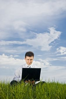 Free Businessman With Laptop Stock Image - 14319451