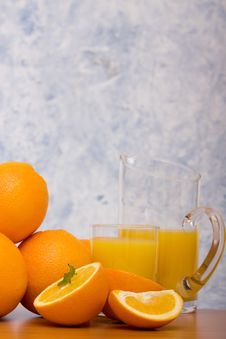 Free Oranges And Orange Juice Royalty Free Stock Photography - 14322807