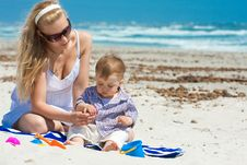 Free Family On A Beach Stock Photography - 14323462
