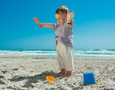 Free Child On A Beach Stock Photography - 14325362