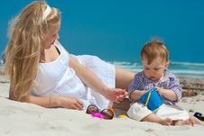 Free Family On A Beach Stock Image - 14325431