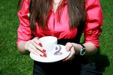 Free Young Businesswoman Holding White Cup Stock Photo - 14325910