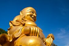 Free A Big Golden Buddha Disciple Statue Stock Photography - 14328342