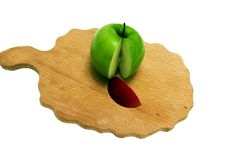 Free The Green Cut Apple Royalty Free Stock Photo - 14331495