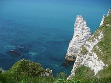 The Famous Cliffs At Ãtretat, Normandy, France Royalty Free Stock Images