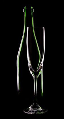 Free Bottle Of Wine And Wineglass Stock Photography - 14334462