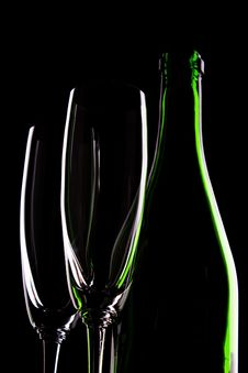 Free Bottle Of Wine And Wineglasses Royalty Free Stock Photography - 14334557