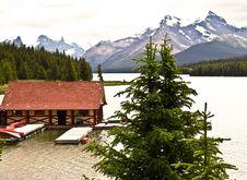 Free Lake Maligne Canada Banff National Park Royalty Free Stock Photography - 14335537