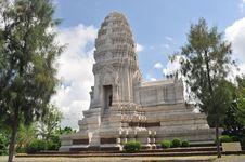 Free White Pagoda Royalty Free Stock Images - 14338329