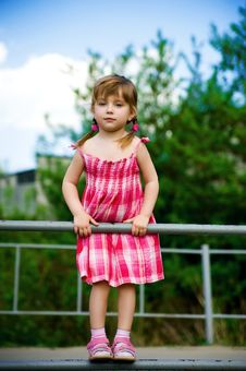 Free Little Girl In Pink Dress Royalty Free Stock Photography - 14339297