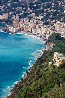 Free Camogli And Its Coastal Surrounding Royalty Free Stock Photography - 14342377