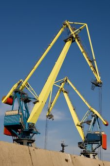 Free Two Big Port Cranes Working Stock Images - 14348064
