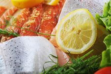 Free Pieces Of  Salmon Royalty Free Stock Photography - 14352957