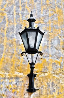 Free Old Lantern On Old Wall Royalty Free Stock Photo - 14353555