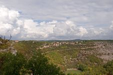Free Clouds Over Rocamadour Royalty Free Stock Photography - 14356597