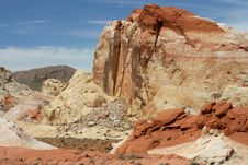 Free Valley Of Fire Vista Royalty Free Stock Images - 14359709