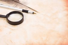Free Magnifying Glass And Pen Royalty Free Stock Photo - 14363085