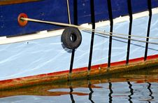 Free Reflection On Water Of A Ship Royalty Free Stock Images - 14367839