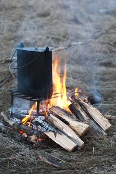Free Cooking In A Pot On The Bonfire Stock Photo - 14370150