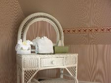 Free Vanity Table With Striped Wallpaper Royalty Free Stock Images - 14370369
