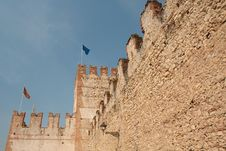Free Castle Wall Royalty Free Stock Photography - 14373787