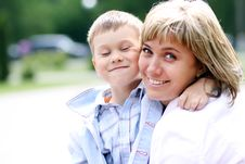 Free Happy Mother And Her Little Son Stock Photography - 14373812