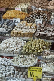 Free Turkey, Istanbul, Spice Bazaar Royalty Free Stock Photos - 14375588