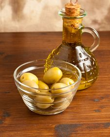 Free Green Olives Stock Photo - 14376370