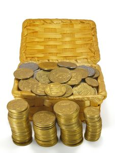 Free Coins In A Wicker Trunk Royalty Free Stock Photo - 14380615