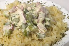 Free Fusilli With Ham And Asparagus In Creamy Sauce Royalty Free Stock Photography - 14381817