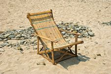 Free Bamboo Deckchair Royalty Free Stock Images - 14382789