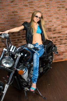 Free Sexy Girl On Motorbike Stock Images - 14385044