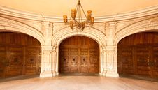 Free Majestic Classic Arched Doors With Chandelier Royalty Free Stock Images - 14386559