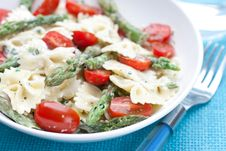Free Pasta With Asparagus And Tomatoes Stock Image - 14389111