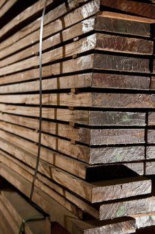 Free Stacks Of Hardwood Royalty Free Stock Images - 14390419